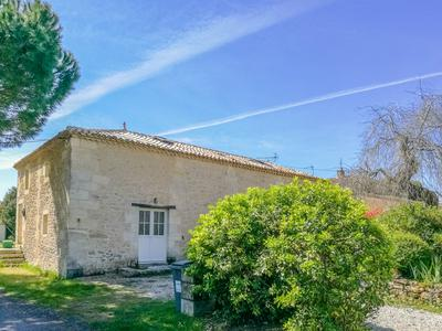 French property, houses and homes for sale in VILLEGOUGE Gironde Aquitaine