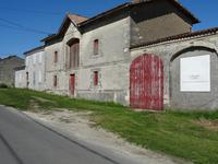 French property, houses and homes for sale in PAUILLAC Gironde Aquitaine