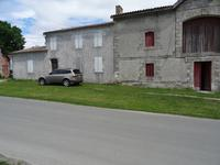 French property for sale in PAUILLAC, Gironde - €899,000 - photo 2