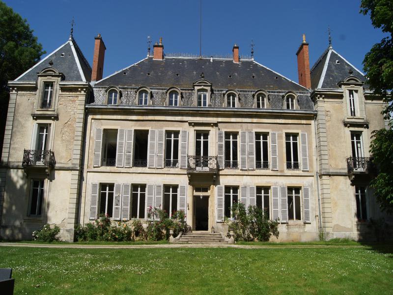 Chateau vendre en bourgogne cote d or dijon magnifique for Acheter maison bourgogne