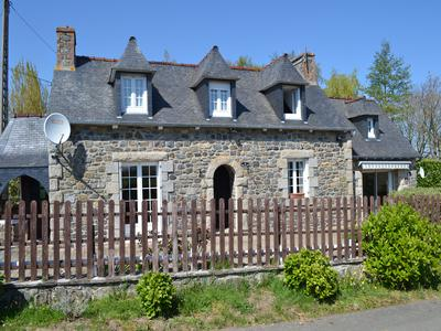 French property, houses and homes for sale in SQUIFFIEC Cotes_d_Armor Brittany