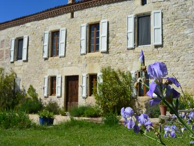 French property, houses and homes for sale in CAHUZAC SUR VERE Tarn Midi_Pyrenees
