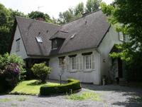 Superbe maison 5 chambres avec garage/atelier. Villedieu-les-Poêles.