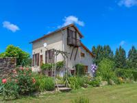Maison rénovée 4 chambres avec un étang et piscine sur 6.2ha