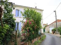 maison à vendre à ANGLADE, Gironde, Aquitaine, avec Leggett Immobilier