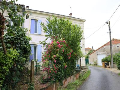 French property, houses and homes for sale in ANGLADE Gironde Aquitaine