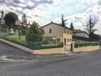 houses and homes for sale inMONTMOREAU ST CYBARDCharente Poitou_Charentes