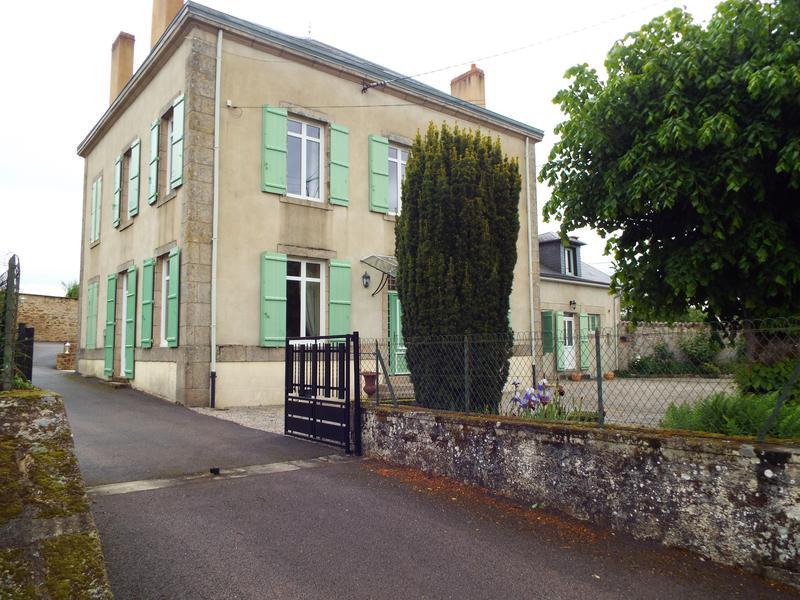 Maison vendre en limousin haute vienne st priest sous aixe grande maison de hameau avec g te - Piscine st priest ...