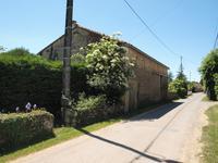 grange à vendre à CHAUNAY, Vienne, Poitou_Charentes, avec Leggett Immobilier