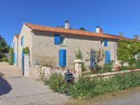 Maison à vendre à MONTREUIL, Vendee, Pays_de_la_Loire, avec Leggett Immobilier