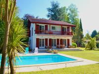 French property for sale in CAMBO LES BAINS, Pyrenees Atlantiques - €1,050,000 - photo 2