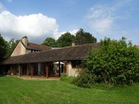 Maison à vendre à LUBERSAC, Correze, Limousin, avec Leggett Immobilier