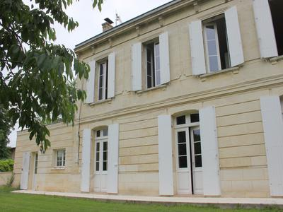 French property, houses and homes for sale in MOULON Gironde Aquitaine