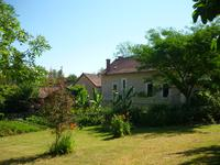 French property for sale in VARAIGNES, Charente - €318,000 - photo 2