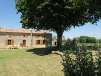 maison à vendre à PAIZAY LE CHAPT, Deux_Sevres, Poitou_Charentes, avec Leggett Immobilier