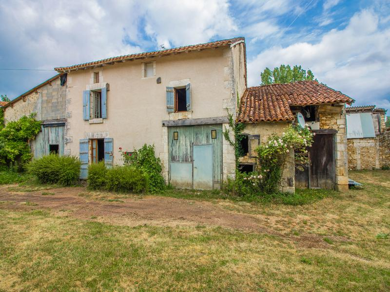 House for sale in VILLARS - Dordogne - Detached three bedroom house ...