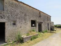 French property for sale in AUMAGNE, Charente Maritime - €45,500 - photo 9