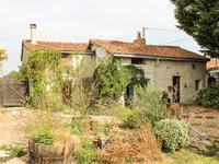 houses and homes for sale inST CHRISTOPHEVienne Poitou_Charentes
