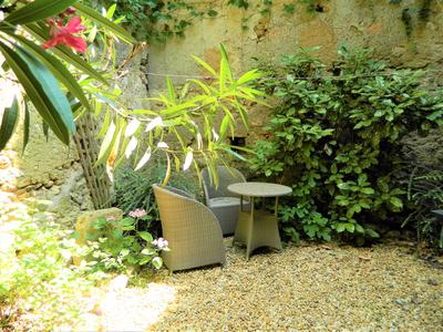 French property, houses and homes for sale in PUISSALICON Herault Languedoc_Roussillon