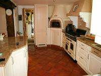 French property for sale in CALLIAN, Var - €650,000 - photo 3
