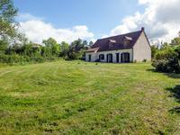Maison à vendre à Neure, Allier, Auvergne, avec Leggett Immobilier