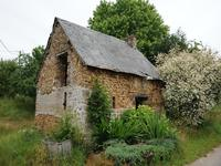 French property for sale in Ernee, Mayenne - €45,000 - photo 3