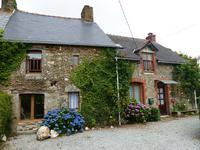 Belle Maison de 5 chambres dans un hameau près de MENEAC, BRETAGNE