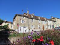 French property for sale in AVAILLES LIMOUZINE, Vienne - €238,000 - photo 1