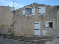 French property, houses and homes for sale inSAUJONCharente_Maritime Poitou_Charentes