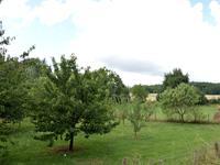 Terrain à vendre à  en Charente - photo 2