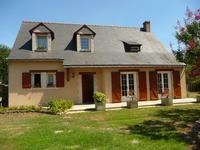 Maison à vendre à BRIOLLAY, Maine_et_Loire, Pays_de_la_Loire, avec Leggett Immobilier