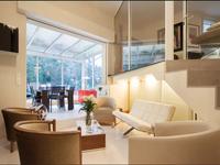 Appartement exceptionnel et rare de 86m2 comprenant deux chambres (voir trois) en dupleix avec terrasse et 80m2 de jardin privatif à seulement 150m des jardins du Luxembourg