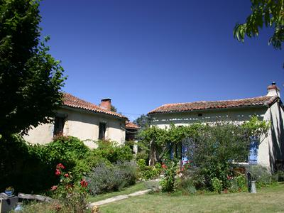 French property, houses and homes for sale in LUSSAS ET NONTRONNEAU Dordogne Aquitaine