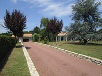 French property for sale in MONTGUYON, Charente Maritime - €299,600 - photo 9