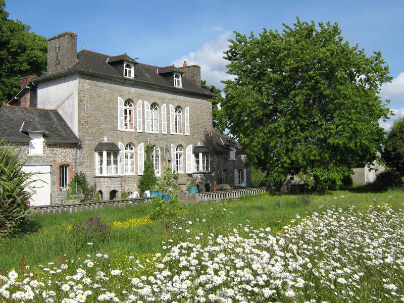 Maison à vendre en Bretagne - Cotes d Armor MERDRIGNAC Coup de coeur assuré - manoir décoré de ...