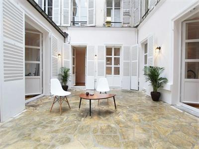 French property, houses and homes for sale in PARIS VIII Paris Ile_de_France
