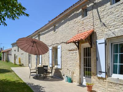 French property, houses and homes for sale in LONGRE Charente Poitou_Charentes