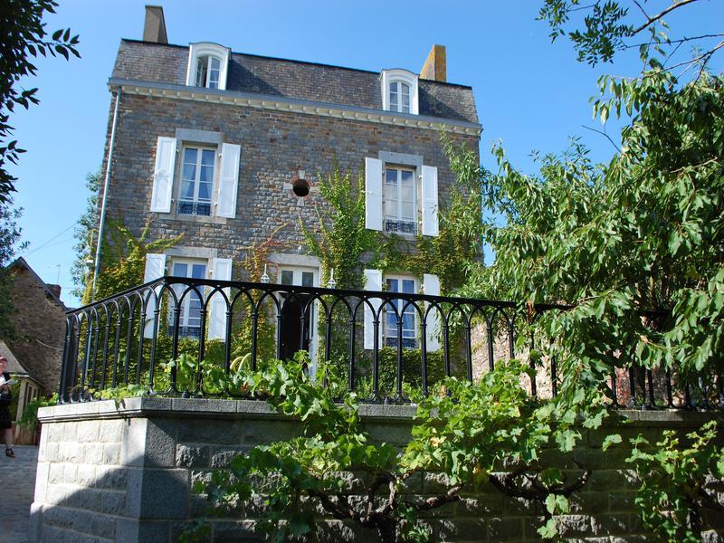 Ille Et Vilaine Property For Sale