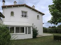 French property, houses and homes for sale inBRIOUX SUR BOUTONNEDeux_Sevres Poitou_Charentes