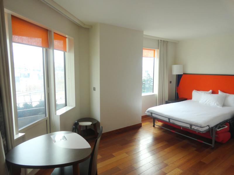 Appartement 1 pièce  à vendre à PARIS XV (75015) -  Paris