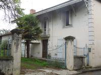 Maison de ville T6 avec jardin clos et dépendances proche du centre de Plaisance, Gers