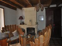 French property for sale in CHAMPEAUX ET LA CHAPELLE POMMI, Dordogne - €172,800 - photo 5