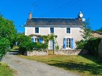 French property for sale in LA CHAPELLE THIREUIL, Deux Sevres - €149,330 - photo 1