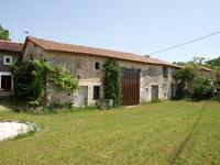 French property for sale in CHAUNAY, Vienne - €144,425 - photo 2