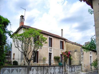 French property, houses and homes for sale in ST VALLIER Charente Poitou_Charentes