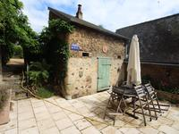 French property for sale in DAON, Mayenne - €256,000 - photo 5
