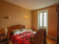 French property for sale in MONTGUYON, Charente Maritime - €169,000 - photo 4