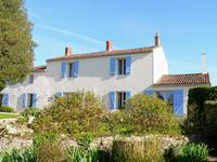 French property for sale in MARANS, Vendee - €572,400 - photo 10