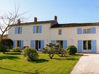 French property, houses and homes for sale inMARANSVendee Pays_de_la_Loire