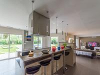 French property for sale in BAGNOLS EN FORET, Var - €890,000 - photo 7